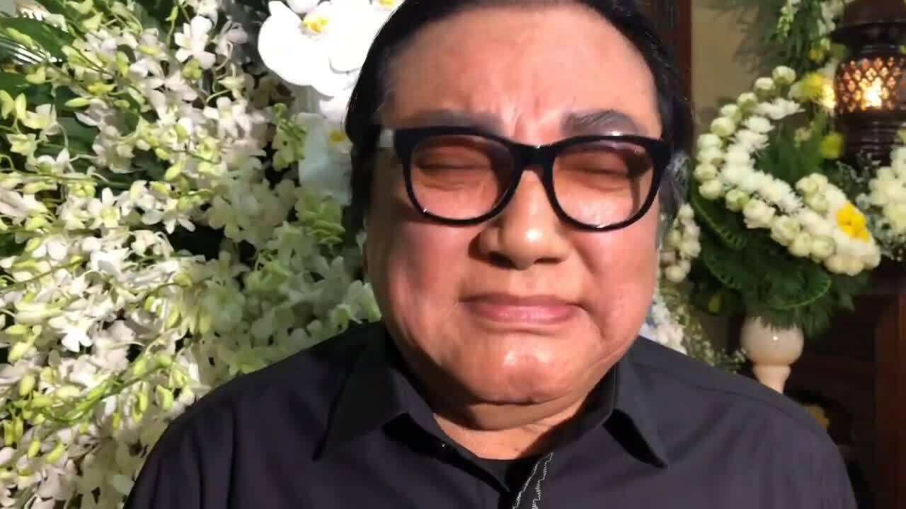 Phú Quý khóc khi nhắc đến Anh Vũ ở đám tang