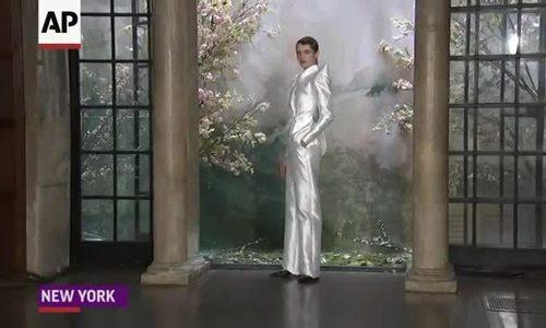 Phuong My xuất hiện trên nhiều báo Mỹ sau New York Fashion Week Bridal (bài xin Edit)