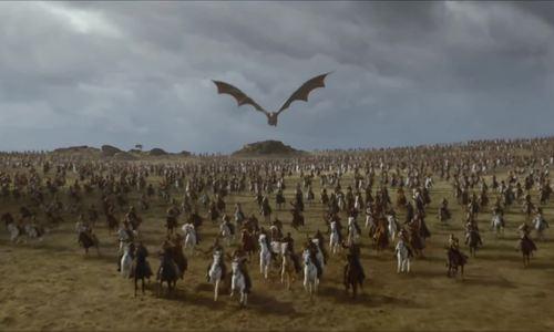 Daenerys cưỡi rồng xung trận trong mùa bảy Game of Thrones