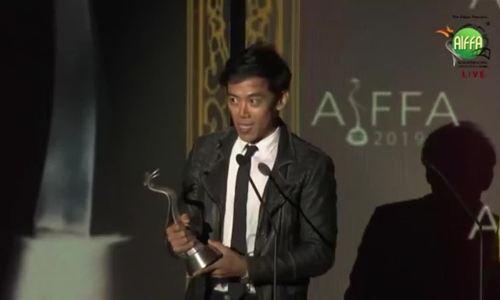 Leon Lê nhận giải biên kịch ở LHP Quốc tế Asean