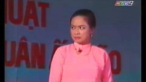 Tú Trinh đóng kịch 'Lá sầu riêng'