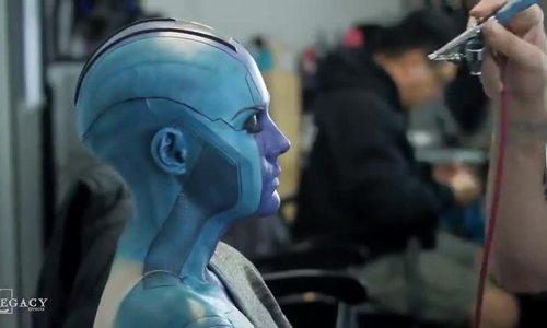 Karen Gillan hoá trang thành Nebula trong 'Avengers'