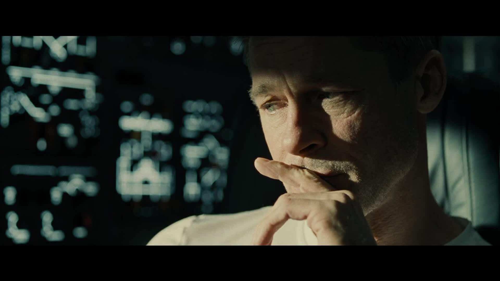 Brad Pitt ra vũ trụ tìm cha trong Ad Astra