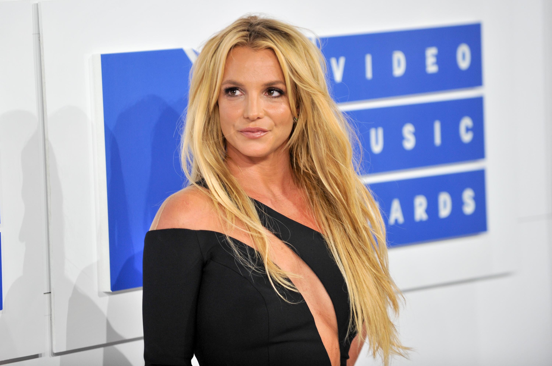 Britney Spears đi du lịch