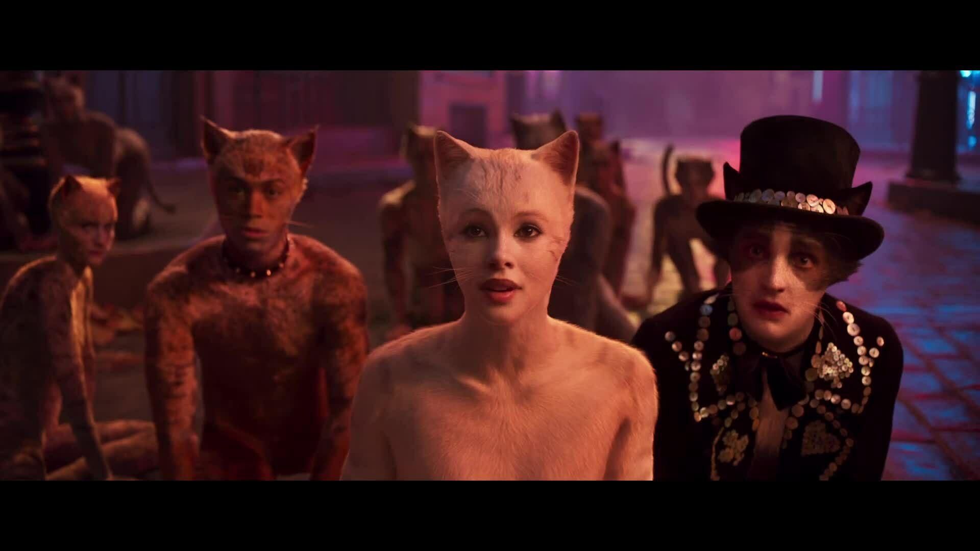 """Phim """"Cats"""" có Taylor Swift gây sốc với tạo hình người lai mèo"""