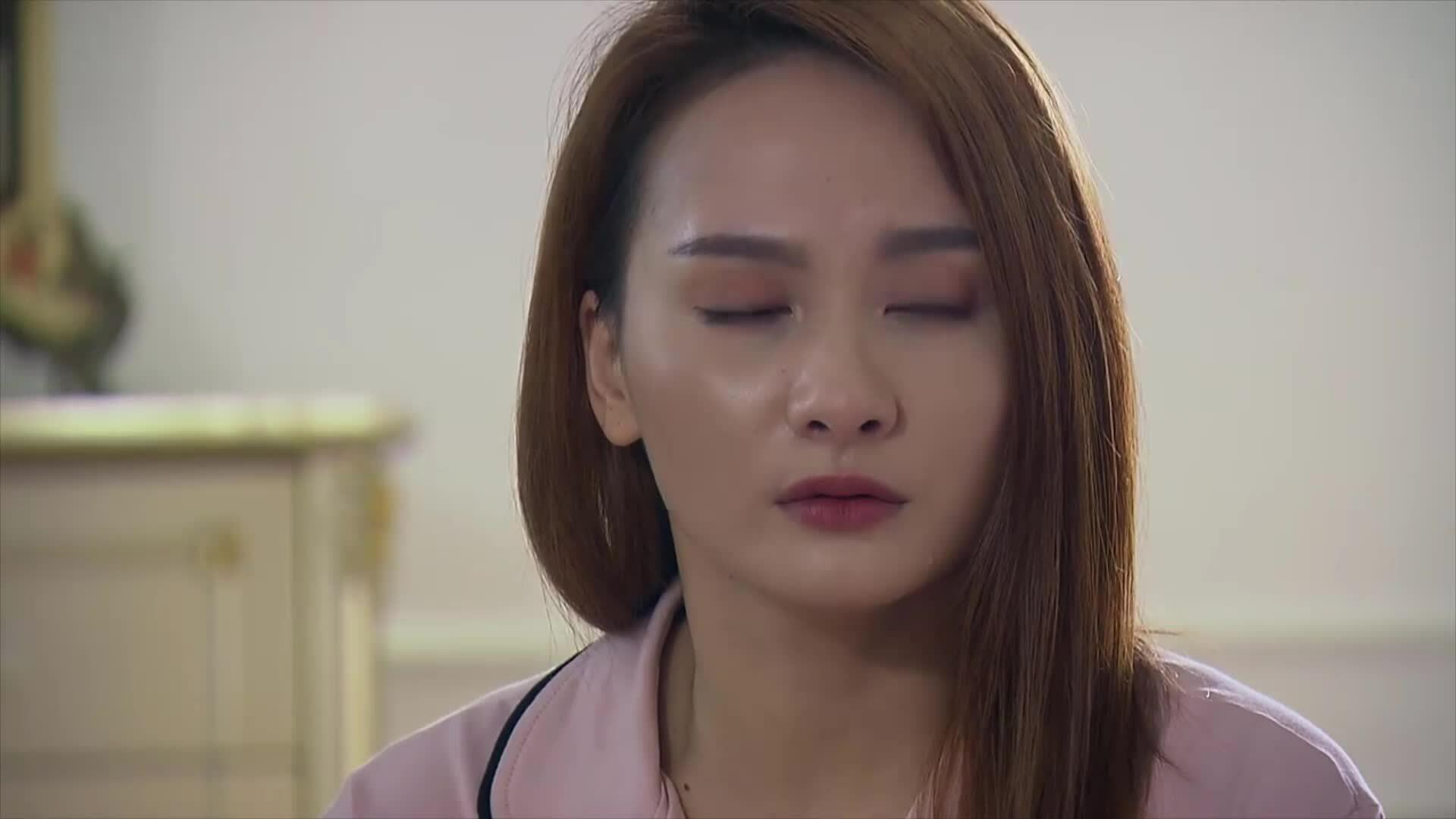 Những cảnh diễn nhiều nước mắt của Bảo Thanh trong 'Về nhà đi con'