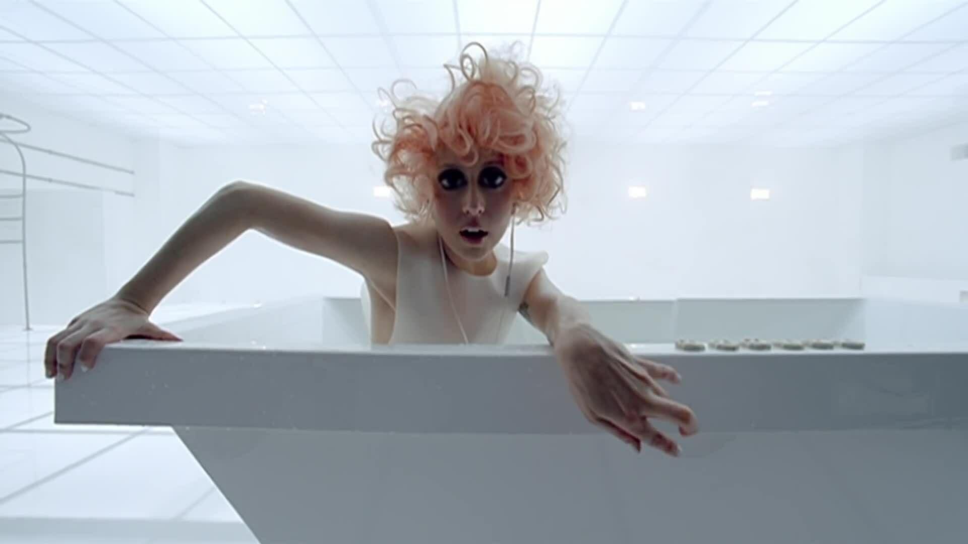 'Bad Romance' - Lady Gaga