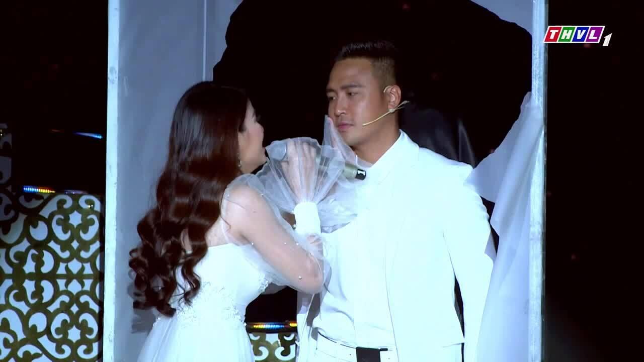 Thanh Duy phụ diễn cho Kha Ly ở 'Tình Bolero'