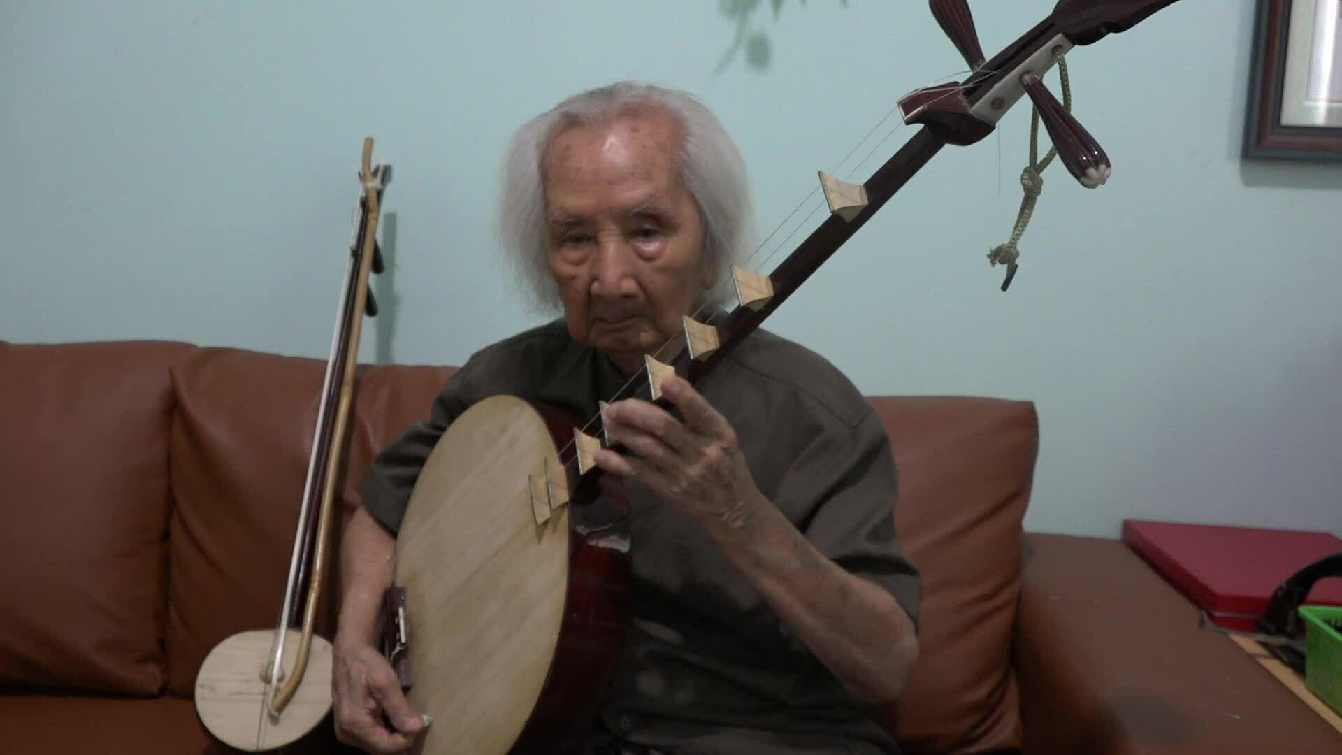Nhạc sư Nguyễn Vĩnh Bảo 102 tuổi