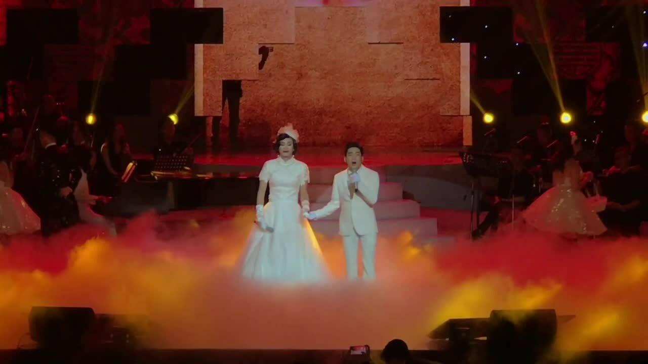Quang Hà sẽ tấu hài với Hoài Linh trong liveshow