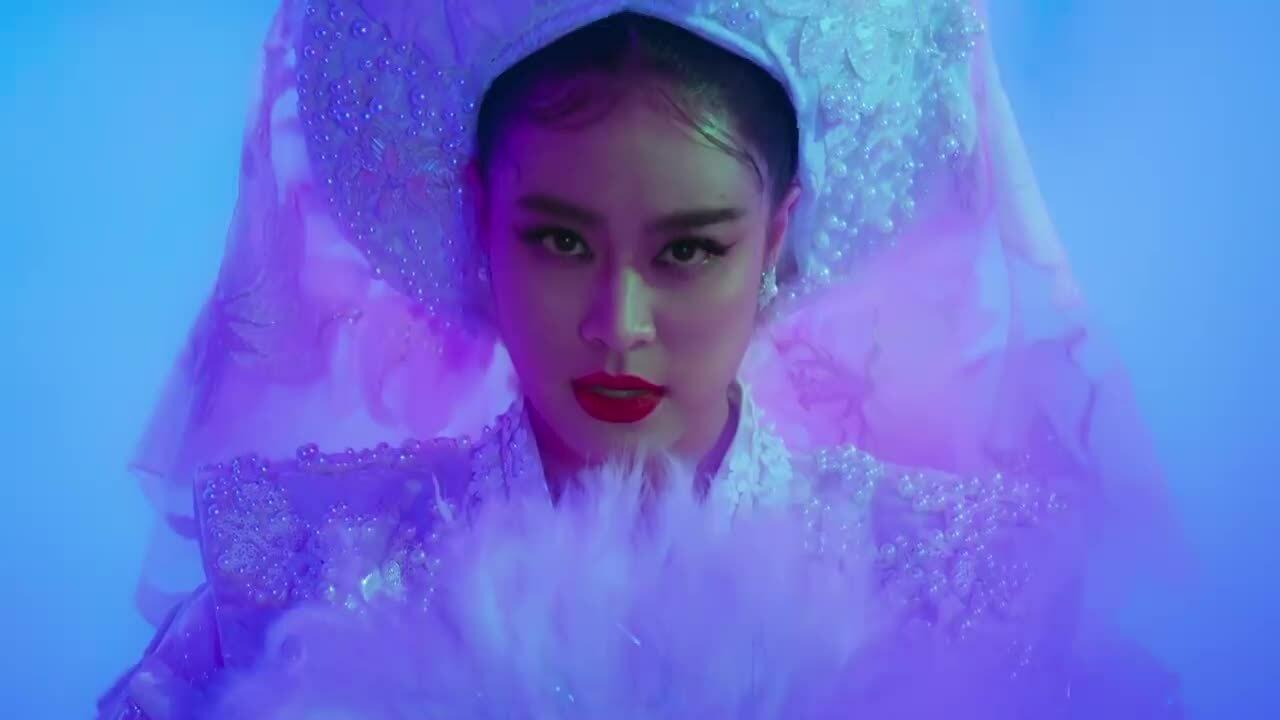 """MV """"Tứ phủ"""" - Hoàng Thuỳ Linh"""
