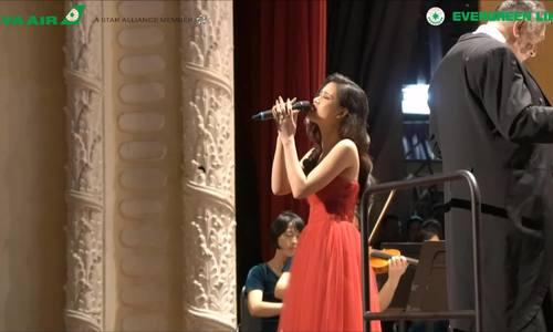 Đông Nhi hát loạt hit trên nền nhạc giao hưởng