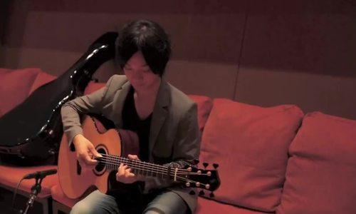 """Yuki Matsui đàn nhạc phim 'You're the apple of my eye"""" (2015). Video: Youtube."""