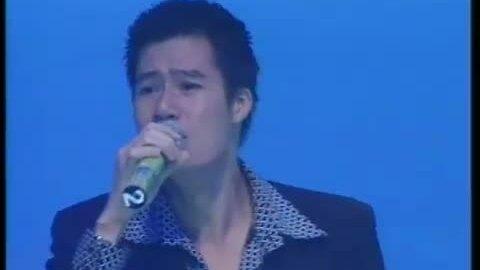 """Ca sĩ Quang Dũng hát """"Vì yêu"""""""