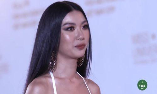 Thúy Vân catwalk ở Hoa hậu Hoàn vũ Việt Nam