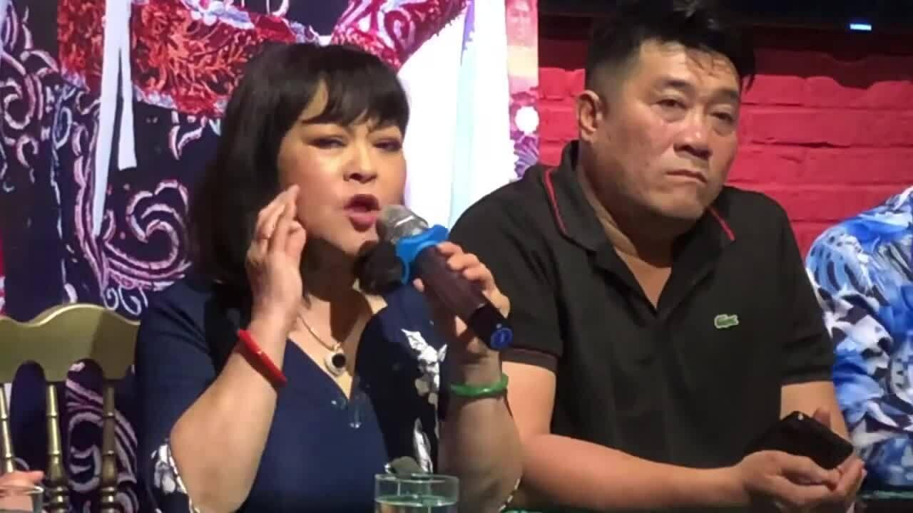 Hương Lan tránh kể đời tư trong hồi ký