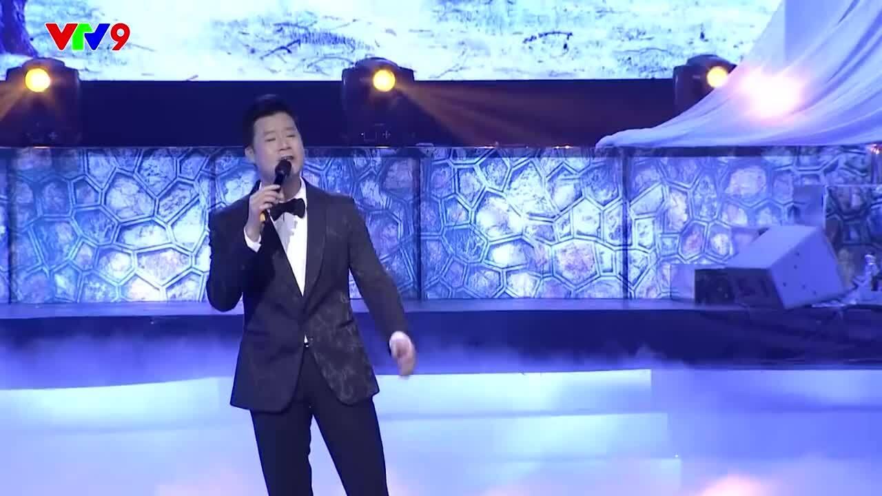 Quang Dũng hát 'Khúc thụy du'