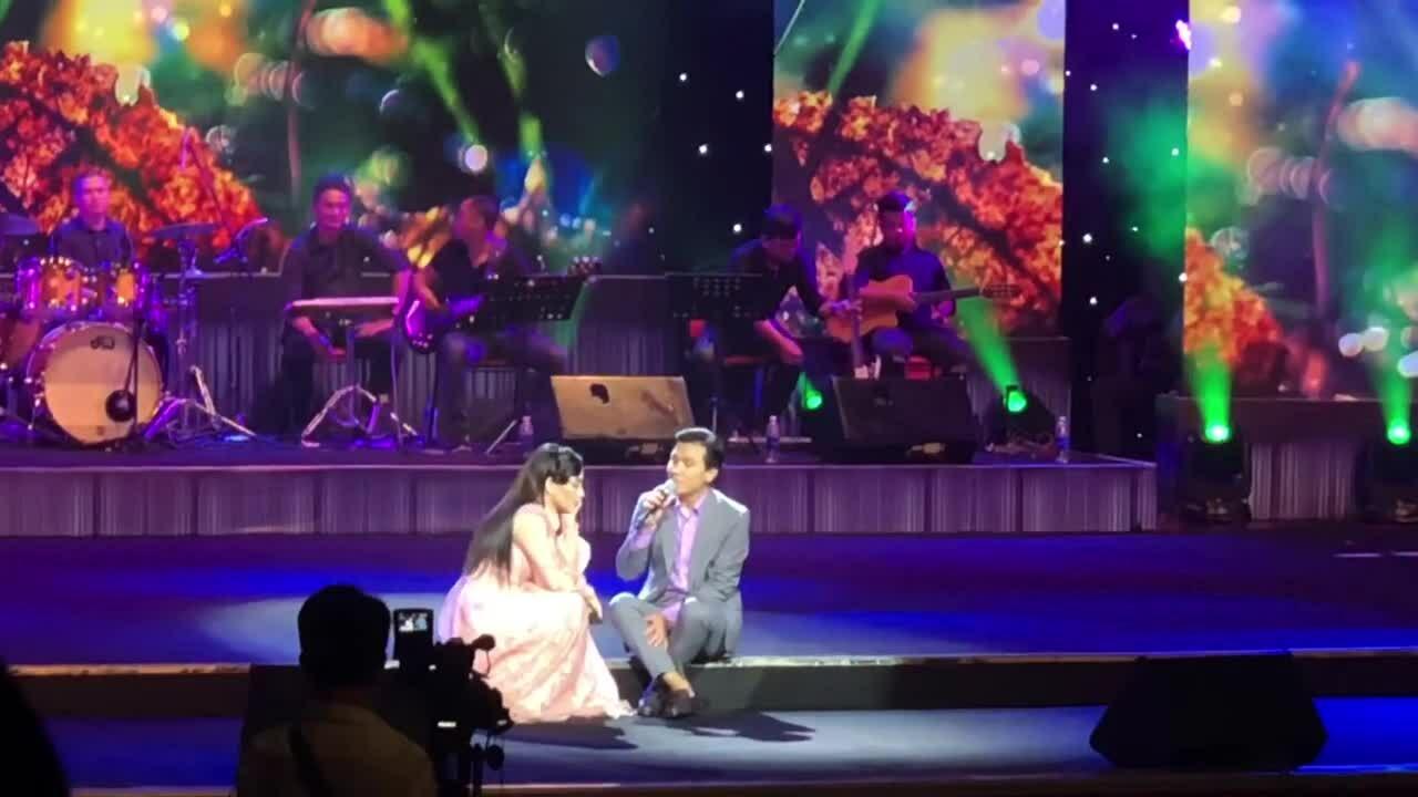 Mạnh Quỳnh, Phi Nhung hát tân cổ 'Đoạn cuối cuộc tình'