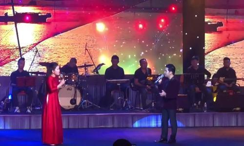 Trọng Tấn, Anh Thơ hát 'Người đi xây hồ Kẻ Gỗ' (Nguyễn Văn Tý)