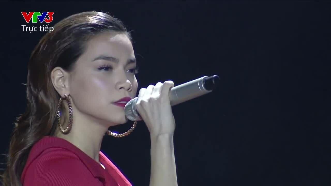Hồ Ngọc Hà cùng Giang Hồng Ngọc song ca 'Chơi vơi' (Phương Uyên sáng tác) ở X-Factor 2014