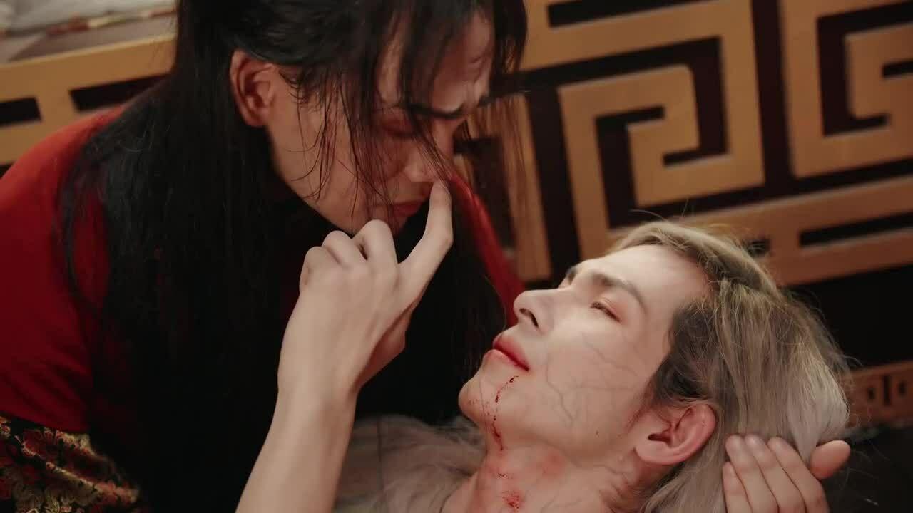 Nguyễn Trần Trung Quân yêu đồng tính trong MV mới