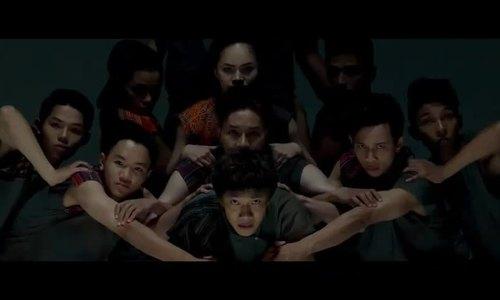John Huy Trần làm liveshow nhảy múa về môi trường
