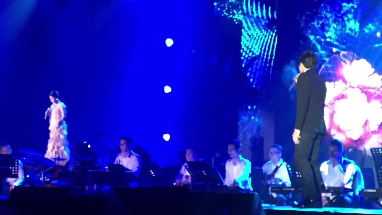 Uyên Linh, Lân Nhã hát 'Thà như giọt mưa'