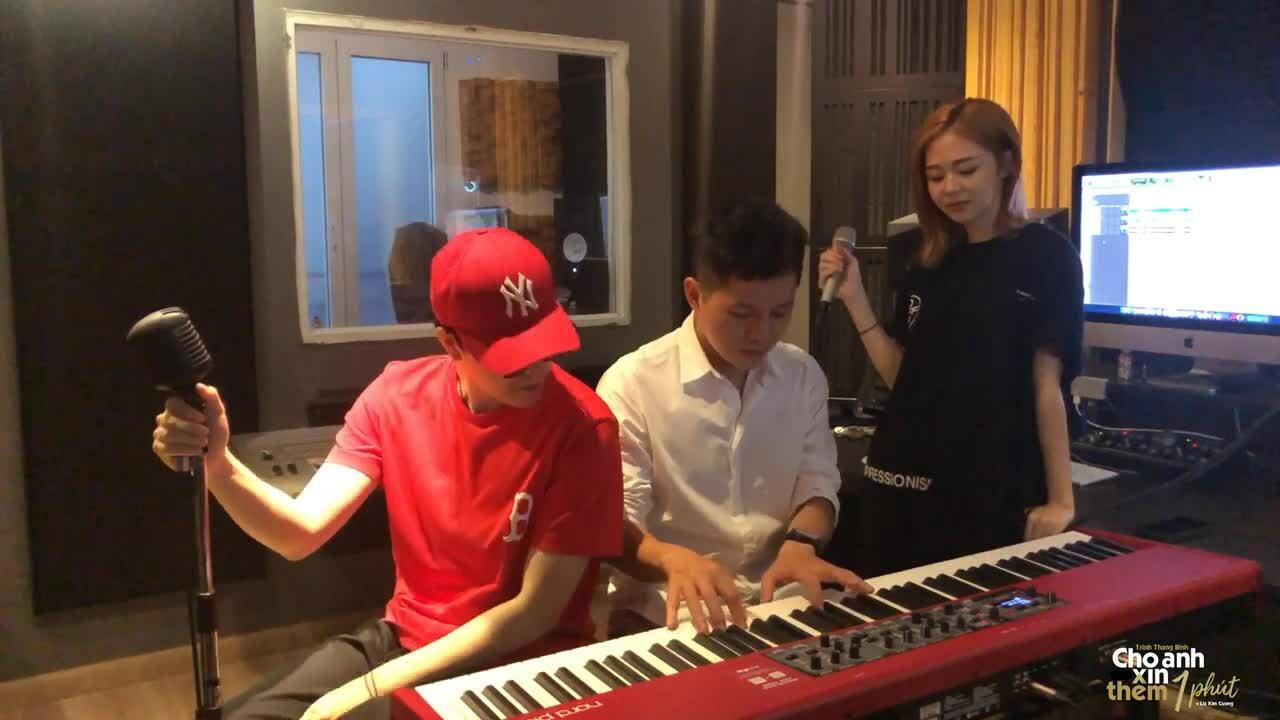 """Trịnh Thăng Bình, Liz Kim Cương hát live """"Cho anh xin thêm một phút"""" hồi tháng 7"""