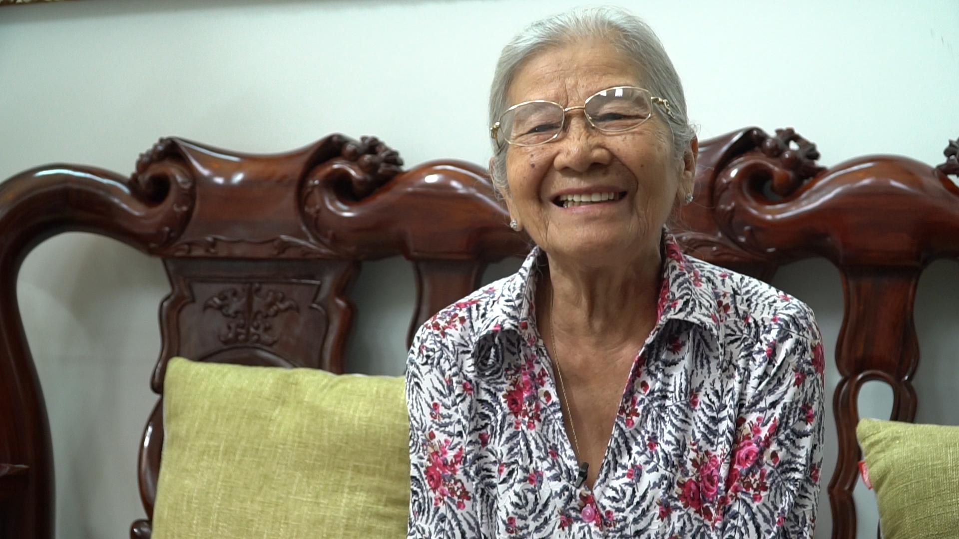 Nghệ sĩ Phi Điểu miệt mài diễn ở tuổi 87