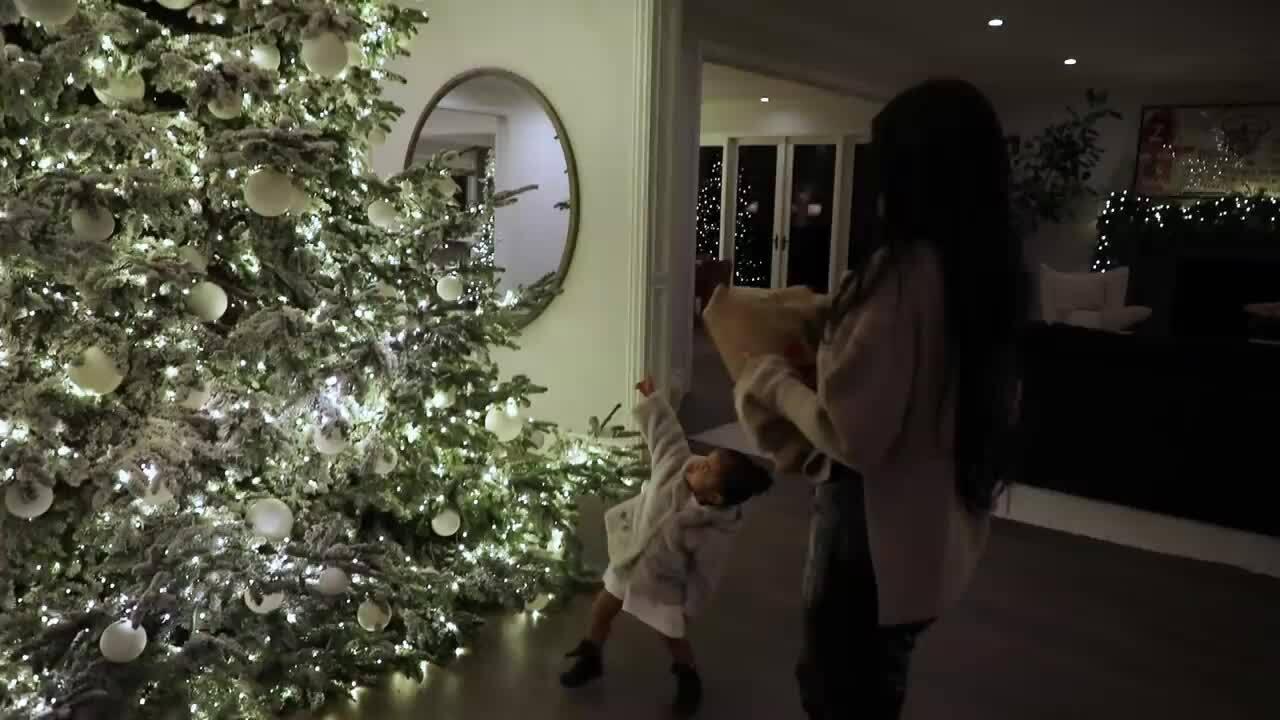Giáng sinh của Kylie Jenner và Stormi