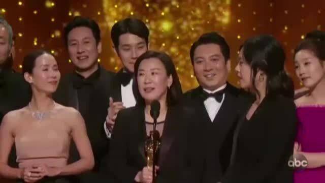 'Parasite' đoạt giải phim xuất sắc