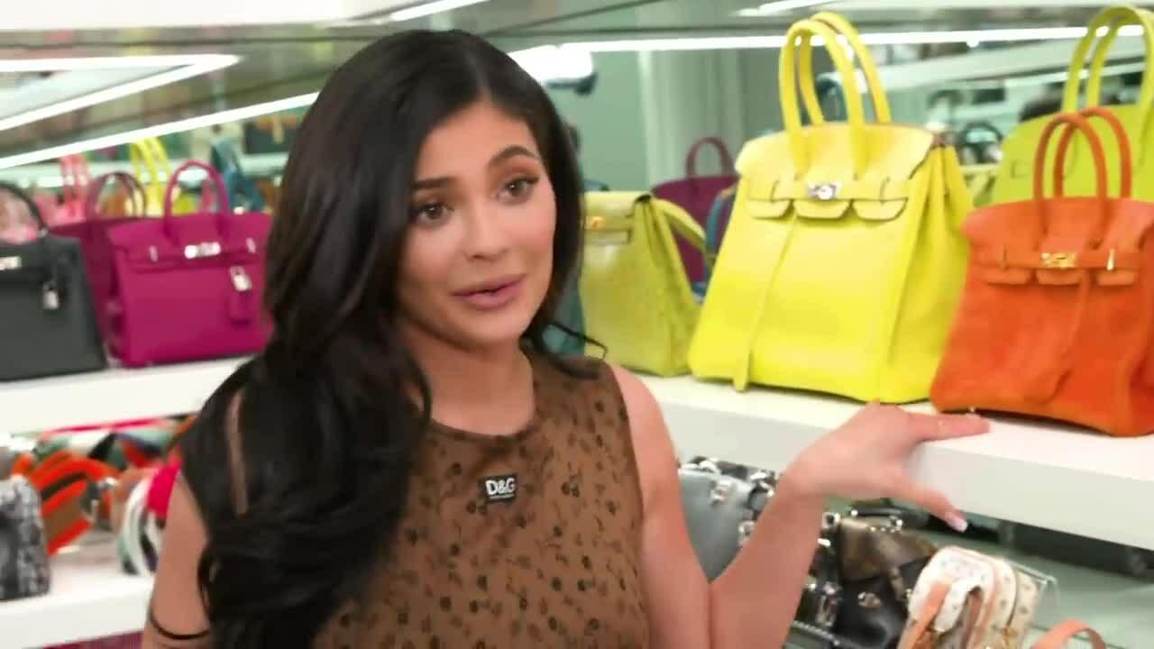 Kylie Jenner bộ sưu tập túi