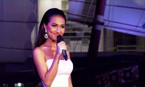 Hoai Sa thi hát