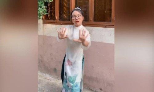 Sao Việt hưởng ứng vũ điệu rửa tay