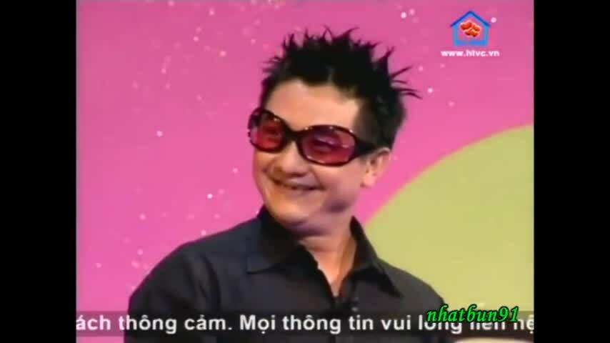 Hồng Vân, Anh Vũdiễn tiểu phẩm 'Anh chàng quạ đen' ở 'Gala Cười 2004'