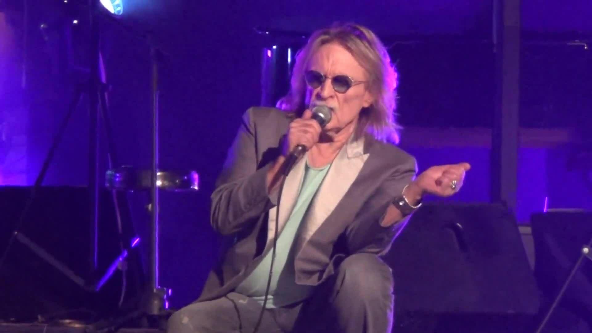 Christophe biểu diễn tại TP HCM
