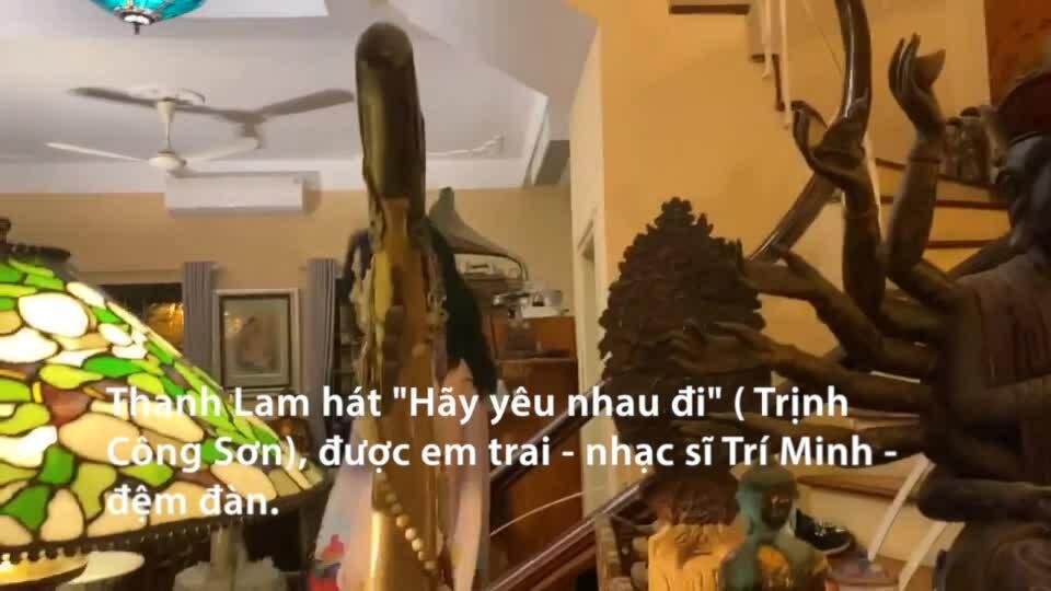 Thanh Lam và mẹ ca hát ở nhà