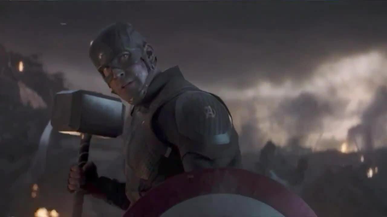Fan hú hét khi xem'Avengers: Endgame'