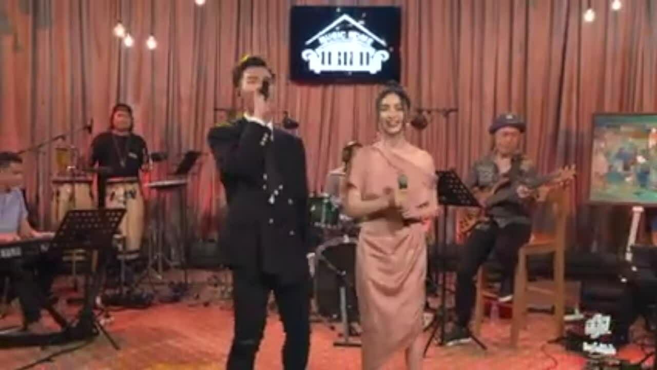 Hoà Minzy, Erik nhảy điệu 'Ghen Cô Vy'