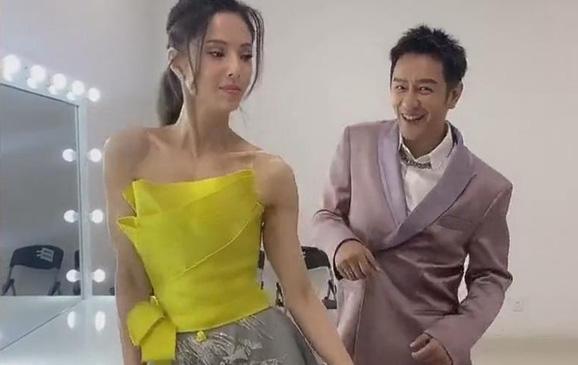 Ly Ruo Dong dances with Tran Hao Dan
