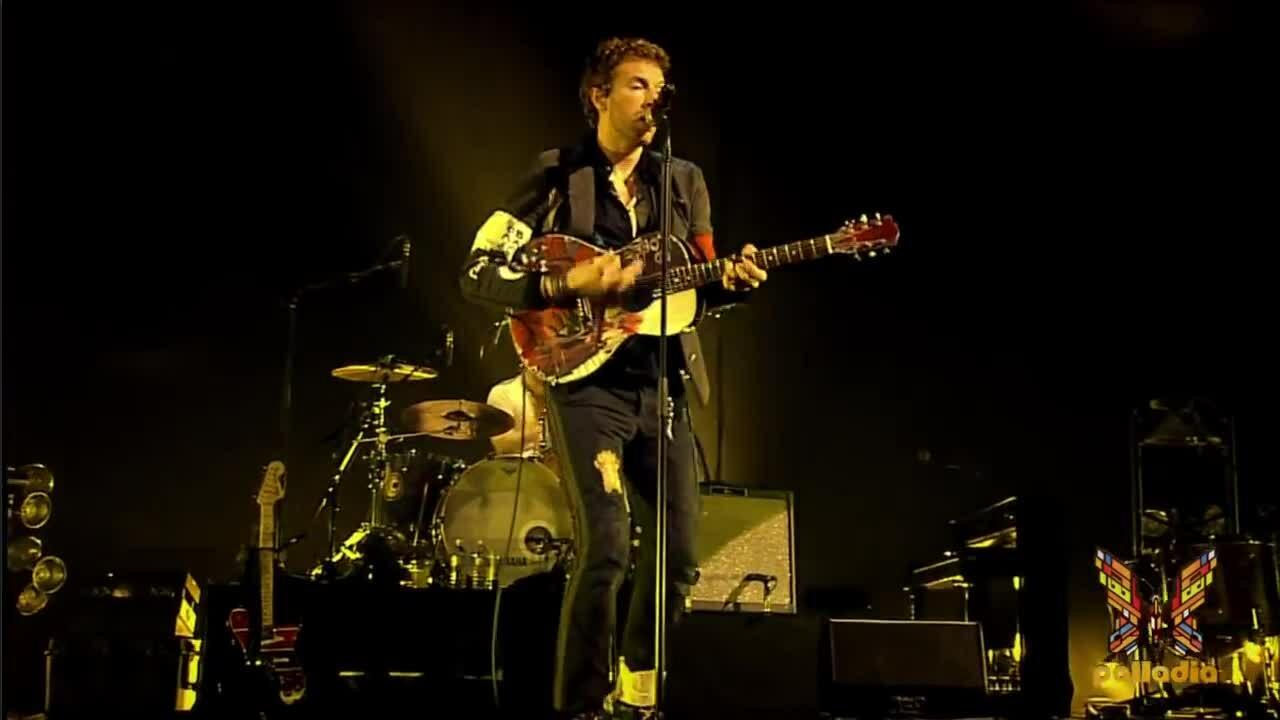 """Coldplay trình diễn """"Yellow"""" tại MTV World Stage 2009"""