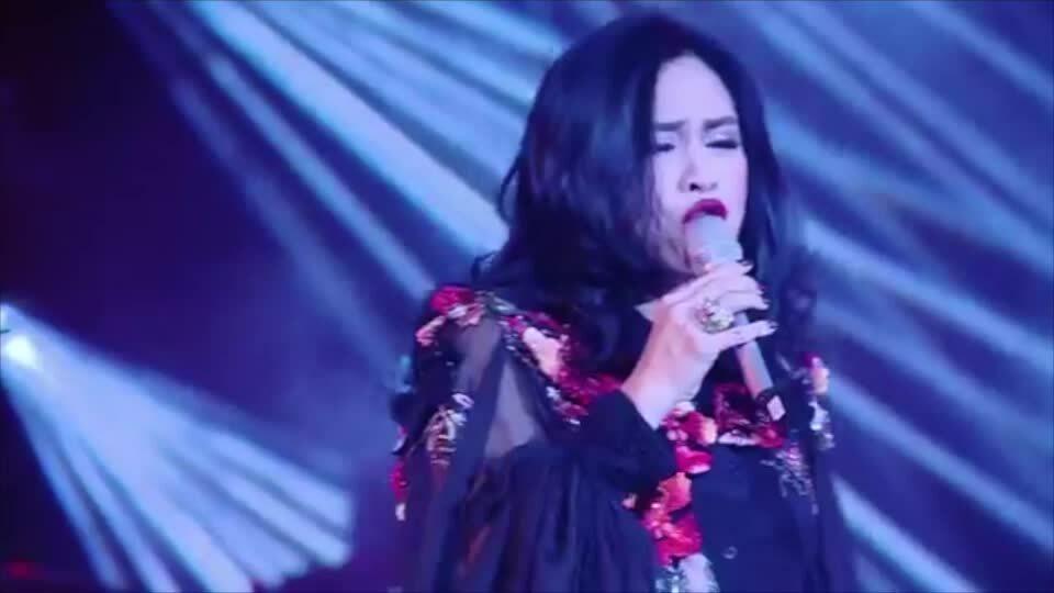 Thanh Lam hát 'Không thể và có thể'