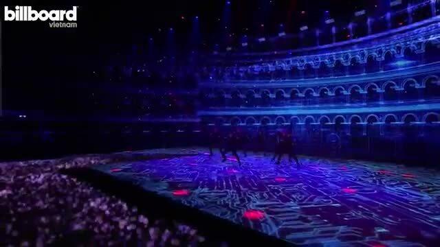 Kpop dẫn đầu xu hướng concert trực tuyến thu phí