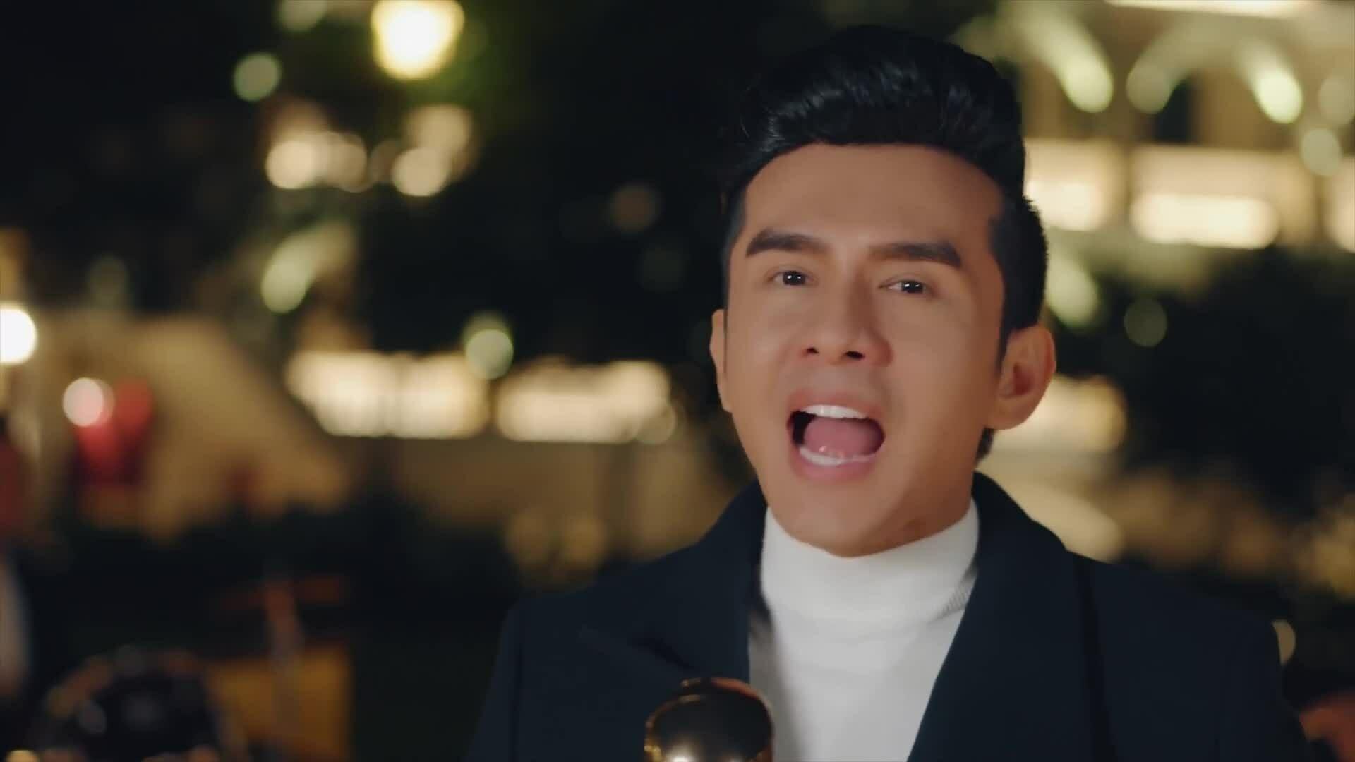"""Đan Trường hát """"Ngại ngùng"""" (Trần Thiện Thanh)"""