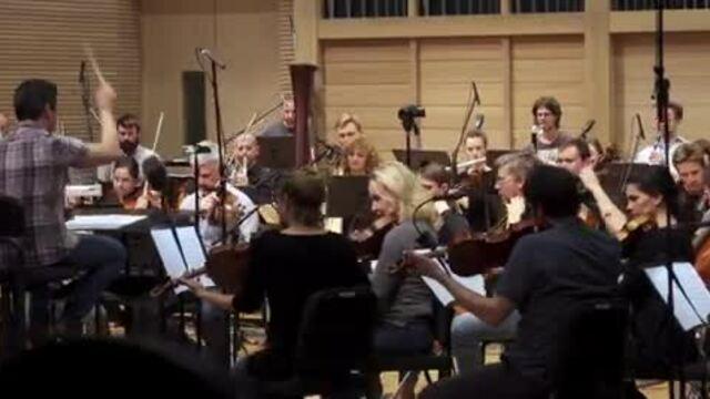 Dan Brown ra mắt album nhạc 'Wild Symphony' cho trẻ em.