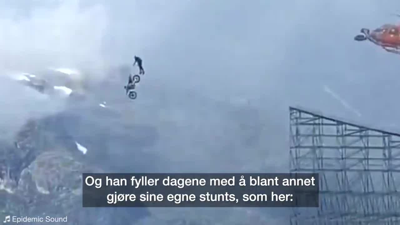 "Tom Cruise nhảy dù từ motor bay cho ""Mission: Impossible 7"""