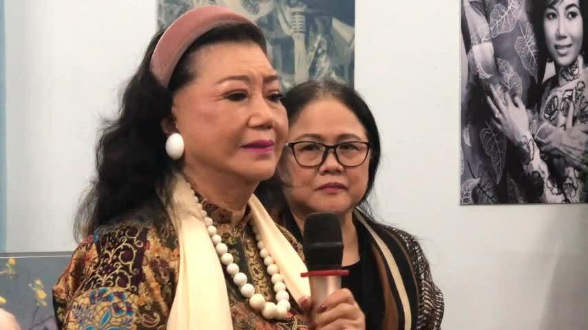 Kim Cương khóc nhớ cố nghệ sĩ Bảy Nam