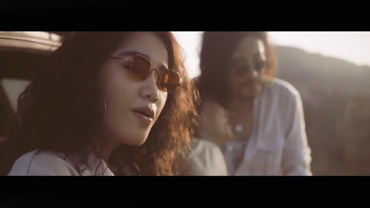 """MV """"Người lạ ơi"""" - Cece Trương"""