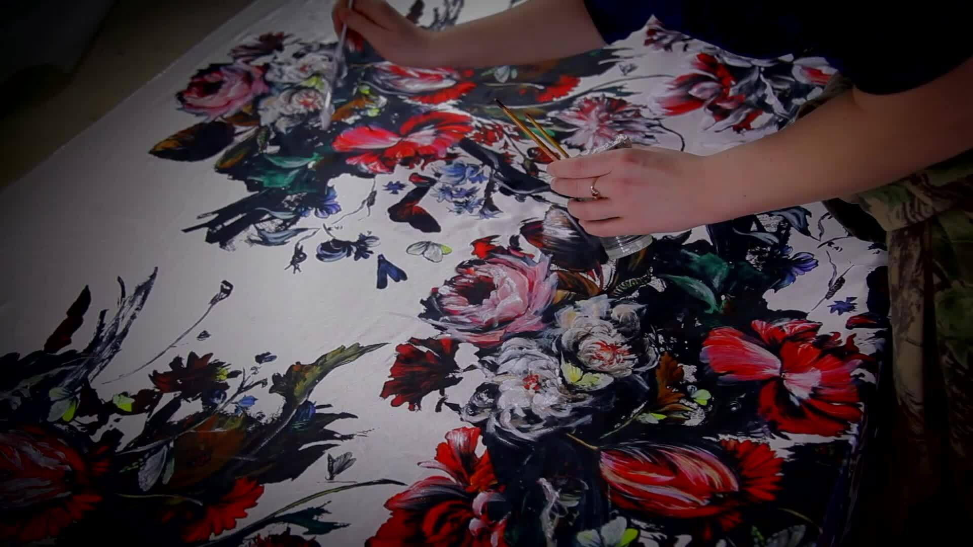 Cách làm họa tiết của Roberto Cavalli