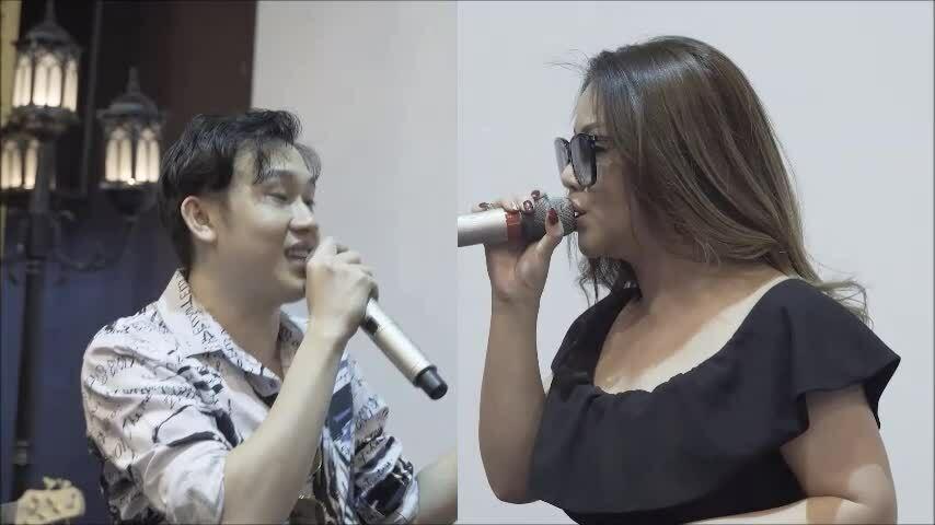 Hoài Linh cùng Dương Triệu Vũ tập nhạc